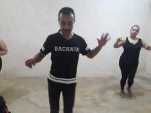 bailar bachata