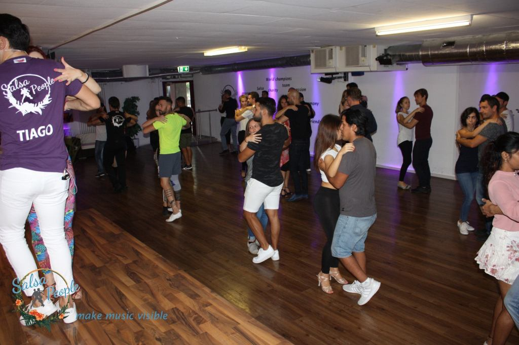 To gain advantages of a salsa dance school in Sihlcity