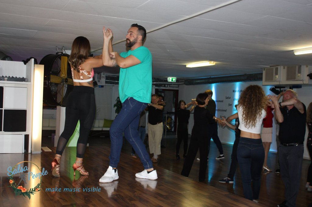What is agility in salsa dancing and how can you